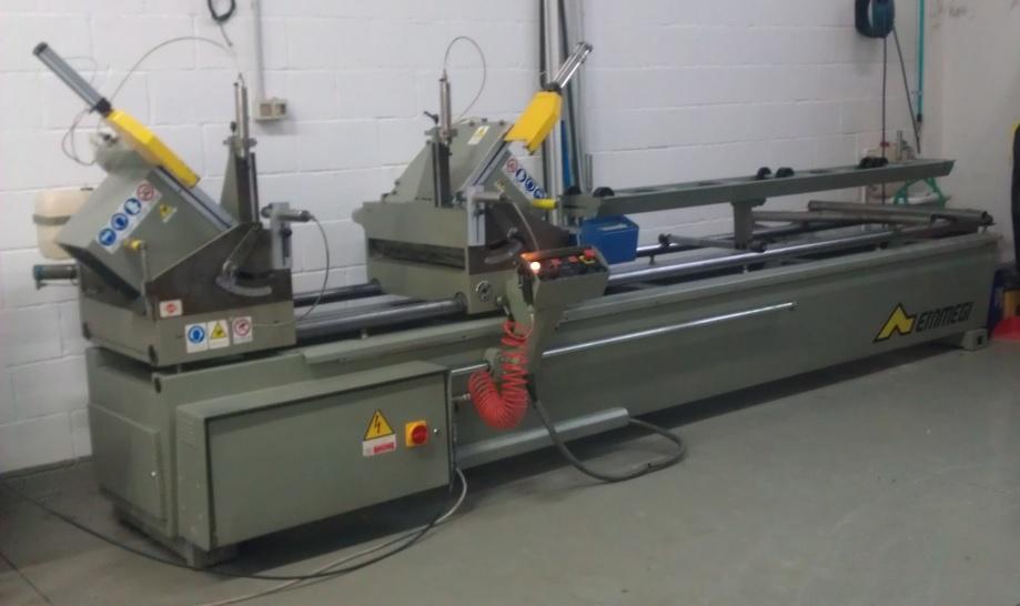 mašina za rezanje ALU i PVC profila
